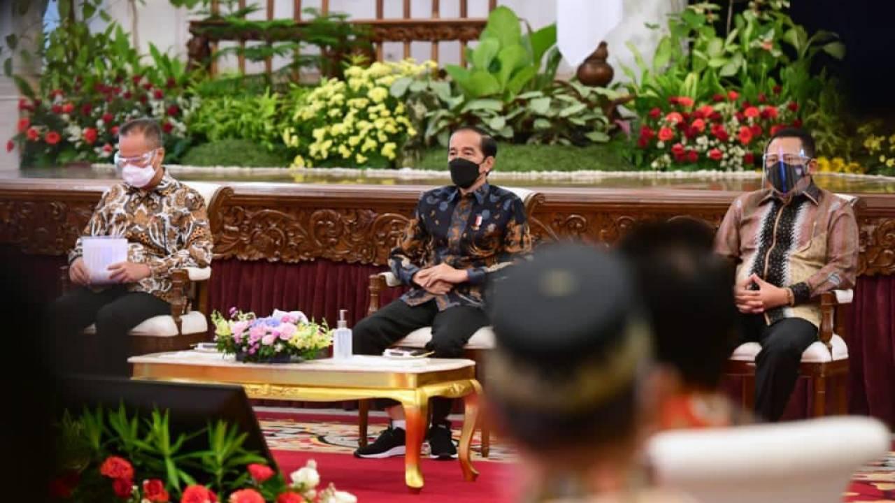 Bamsoet Dampingi Jokowi BukaIIMS 2021